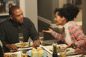 Anthony-Anderson-and-Tracee-Ellis-Ross-in-Black-ish_article_story_large